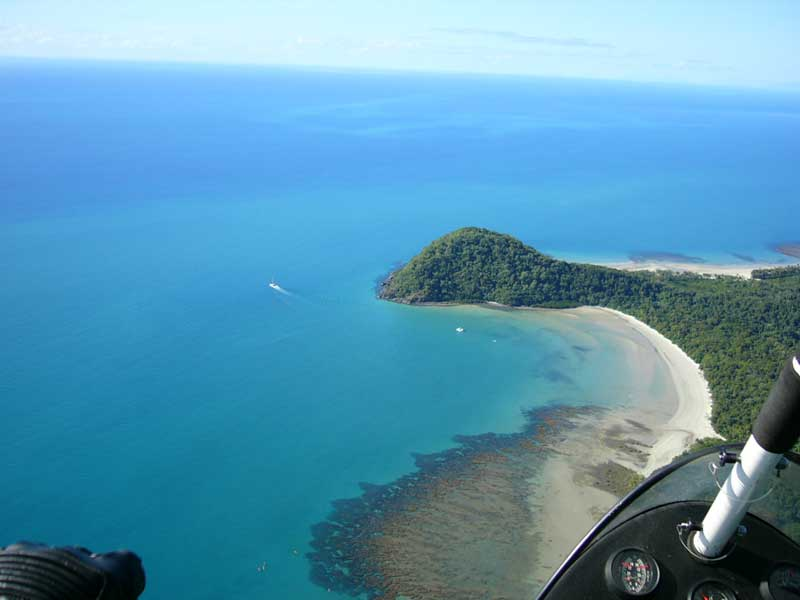 scubadiving and snorkeling the great barrier reef at cape tribulation